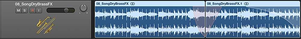 """Die Kurven """"Verlangsamen/Beschleunigen"""" sind orange, die Fade-Out Kurve am Ende ist weiß."""