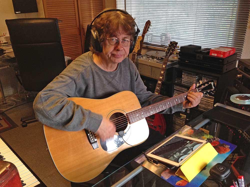 iRig Acoustic an der Ibanez Gitarre